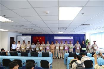 Công ty Nhiệt điện Duyên Hải tổ chức tuyên truyền, phổ biến kiến thức pháp luật về trật tự an toàn giao thông đường bộ